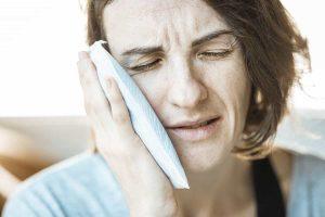 Kiefergelenksbeschwerden mit Botox lindern