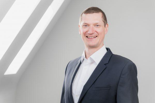 Portrait Dr. Sebastian Becher